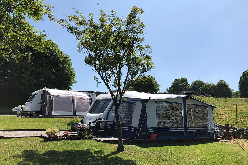Seasonal Pitches - Lime Tree Holiday Park 7550